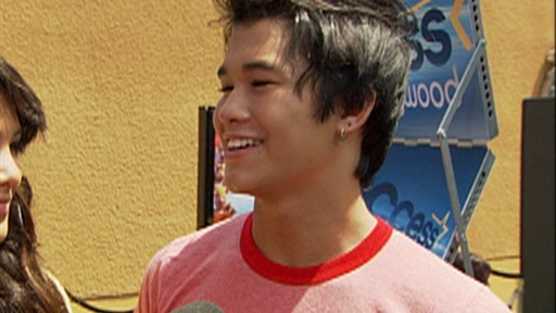 BooBoo Stewart Talks a New Type of Vampire in &#39;the Twilight Saga Video