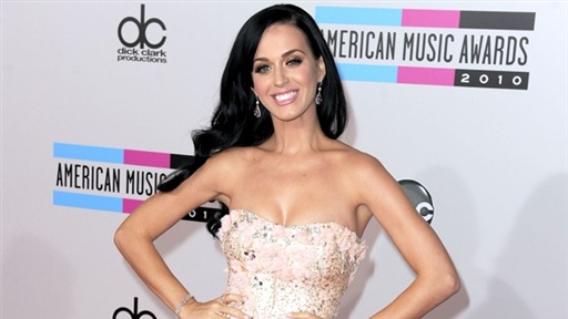 2010 American Music Awards: Katy Perry Talks Wedding, Married Li Video