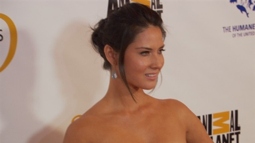 Is Olivia Munn an Animal Lover? Video
