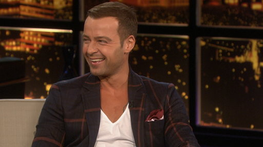 [Joey Lawrence]