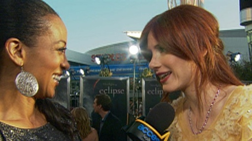Bryce Dallas Howard's 'Wild' Night at 'the Twilight Sage: Eclips view on break.com tube online.