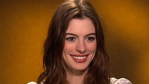 [Anne Hathaway On 'Alice in Wonderland' & Obsessing Over Tim Burt]