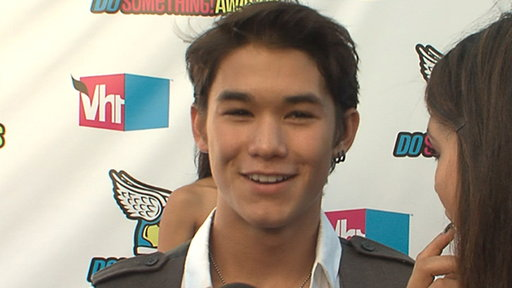 Booboo Stewart Talks 'The Twilight Saga: Breaking Dawn' Video