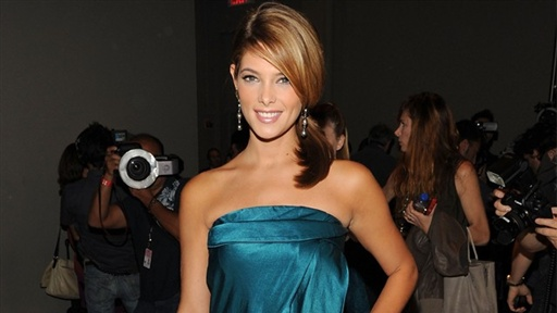 [New York Fashion Week: Ashley Greene - 'I'm Really Excited' to S]