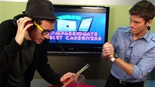 Kevin Pereira Helps iPad 2 Junkies Video