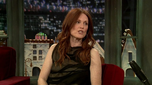 Julianne Moore: Singing and Showering Video