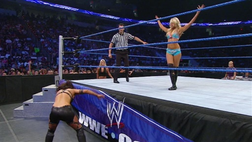 Kelly Kelly Vs. Women's Champion Layla Video