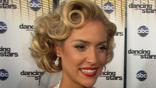 Kristin Cavallari Channels Marilyn Monroe for 'Dancing' Video