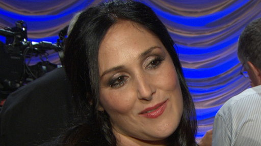 Ricki Lake Challenges David Arquette On &#39;Dancing With the Stars&#39; Video
