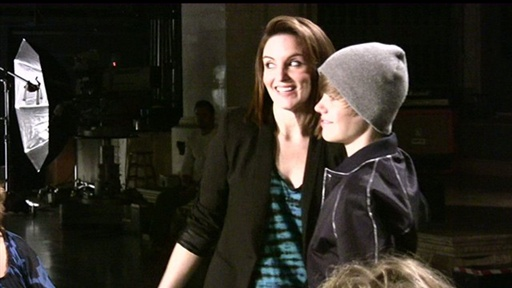 [Backstage: Tina Fey and Justin Bieber Promo]